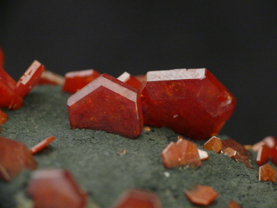 Vanadinite, Pb5(VO4)3Cl de Mibladen